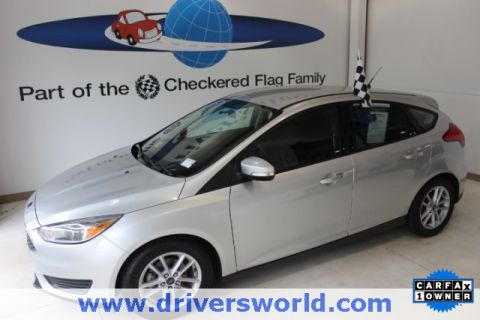 Pre-Owned 2015 Ford Focus SE FWD 4D Hatchback