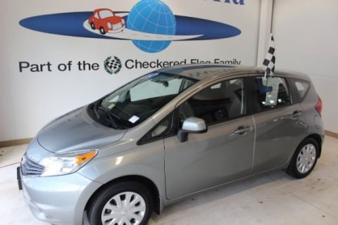 Pre-Owned 2014 Nissan Versa Note  FWD 4D Hatchback