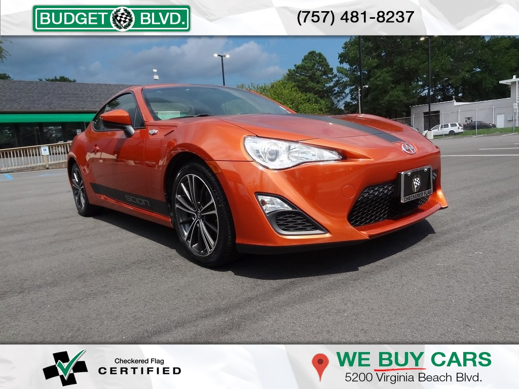 Pre-Owned 2015 Scion FR-S