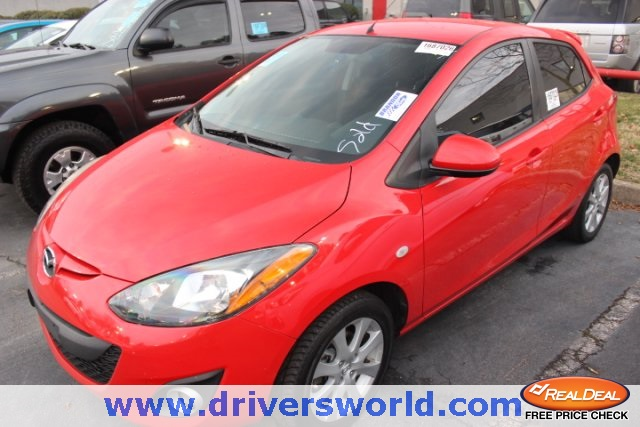Pre-Owned 2012 Mazda2 Touring